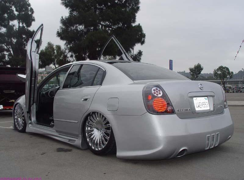 Nissan_Altima_big