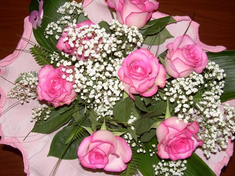 Огромные букеты роз с днем рождения с надписью