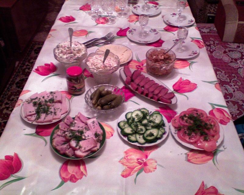 Оформление стола на юбилей 55 лет своими руками фото 55
