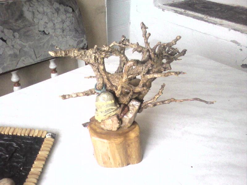 Коряги ветки дерево поделки
