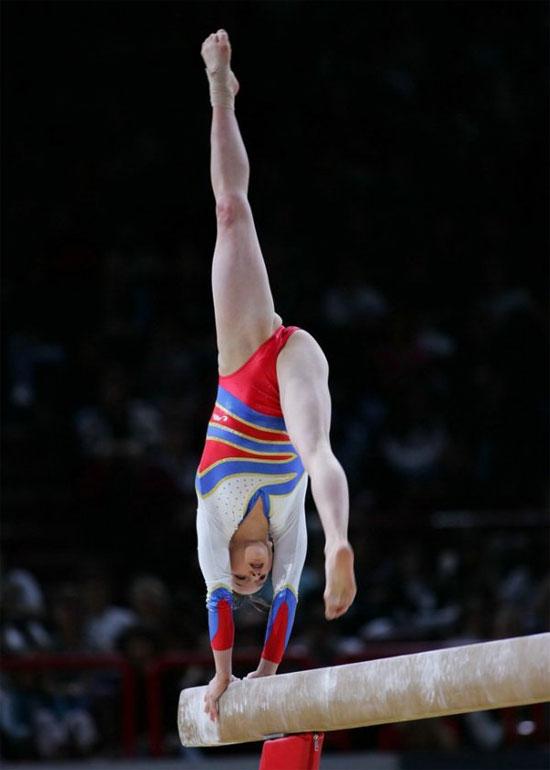 фото гимнасток откровенные
