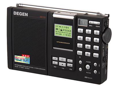 Отлично зарекомендовавший себя портативный радиоприемник Degen 1121 с возможностью...