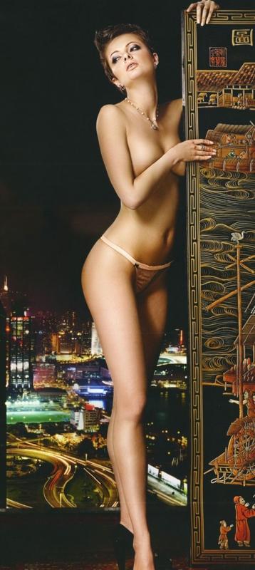 фото голая вика крутая