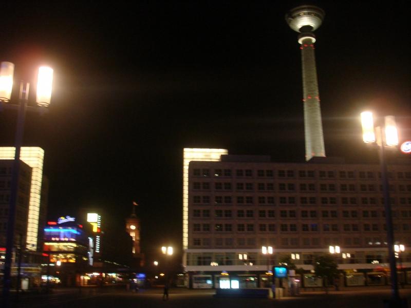 Александр платц и Берлинская ТВ Башня