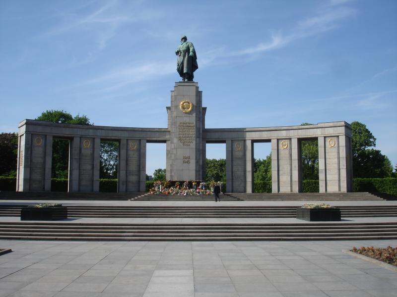 Мемориал павшим советским воинам. Тиргартен
