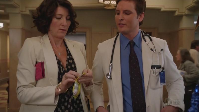 """Вот, такие врачи в сериале """"Сестра Джеки"""""""
