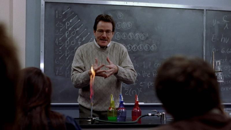 Учитель химии пускается во все тяжкие