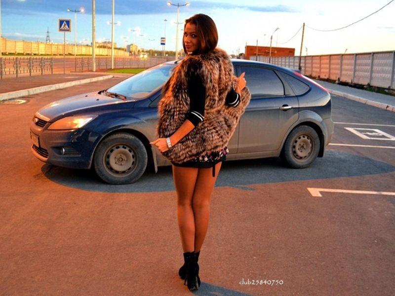 частное фото девушки и авто