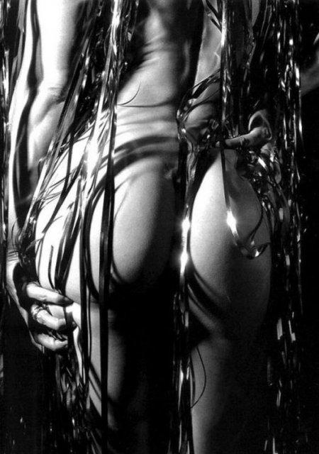 эротическое чёрно-белое фото арт
