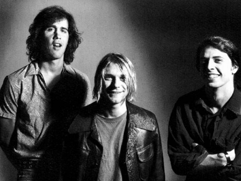 a history of the band nirvana Nirvana releases nirvana nirvana was the third nirvana album to be released following the death of singer/guitarist kurt cobain in april 1994, and the first to feature studio material it contains the previously unreleased you know you're right, a song recorded during the band's final studio session from january 1994.