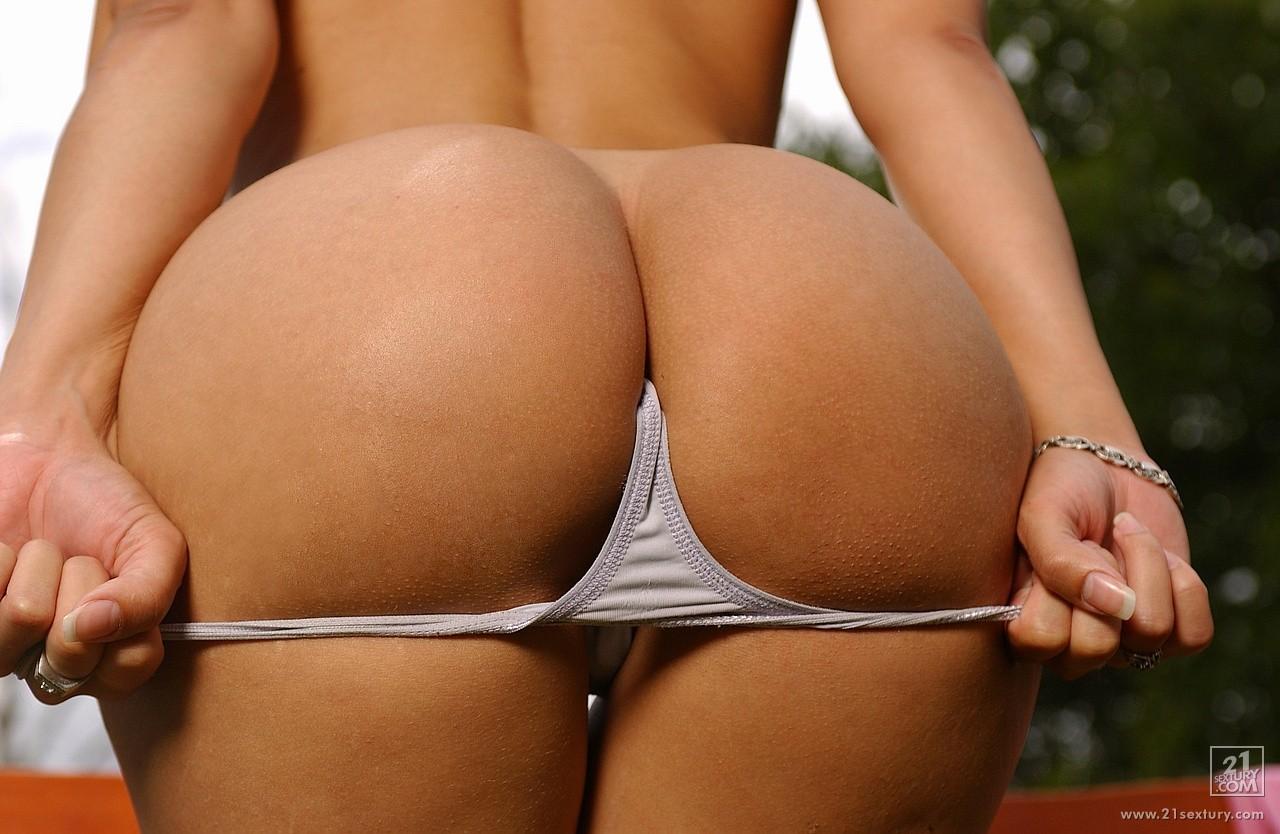 Смотрет фото жопа, Голые жопы - большая и толстая жопа девушек 4 фотография