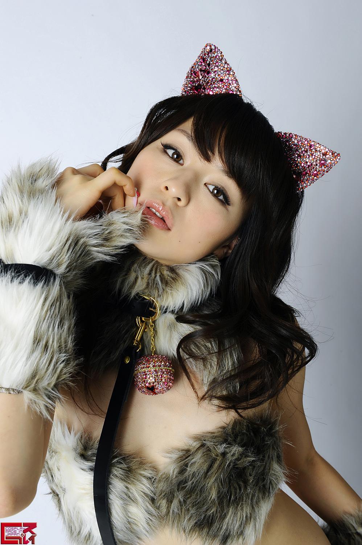Тёлки в костюмах кошек 13 фотография