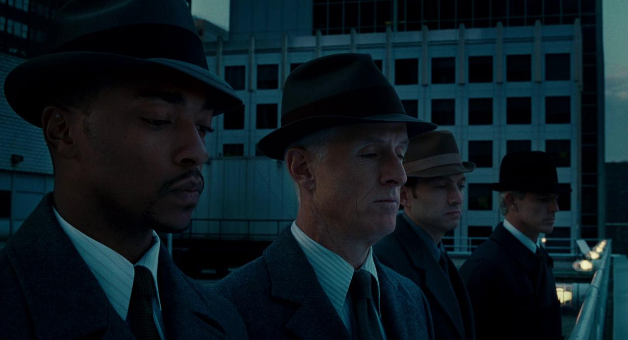Агенты бюро корректировки